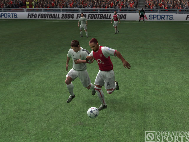 FIFA Soccer 2004 Screenshot #1 for Xbox