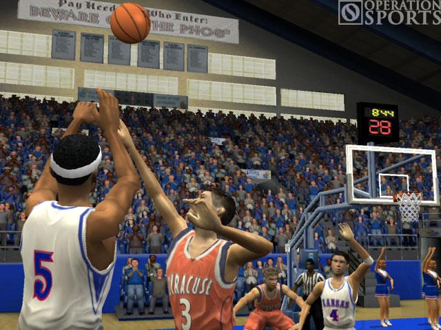 NCAA March Madness 2004 Screenshot #2 for Xbox