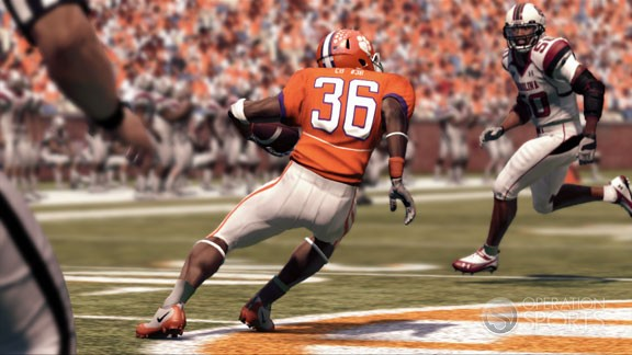 NCAA Football 11 Screenshot #1 for Xbox 360