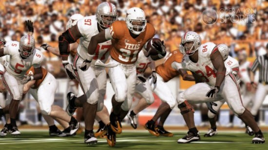 NCAA Football 11 Screenshot #2 for PS3