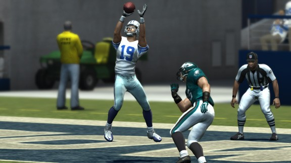 Madden NFL 11 Screenshot #205 for Xbox 360