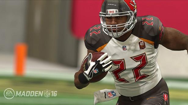 Madden NFL 16 Screenshot #241 for PS4