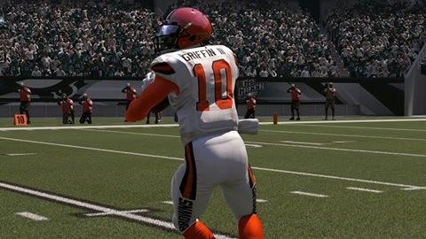 Madden NFL 17 Screenshot #366 for PS4