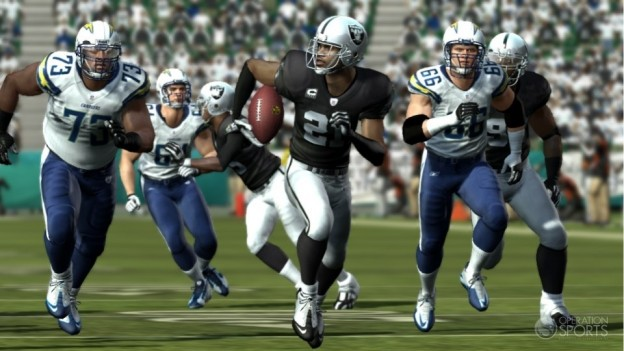 Madden NFL 11 Screenshot #133 for Xbox 360