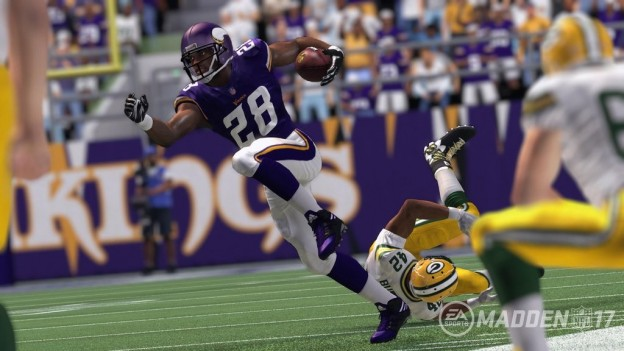 Madden NFL 17 Screenshot #9 for PS4