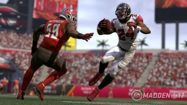Madden NFL 17 Screenshot #10 for PS4