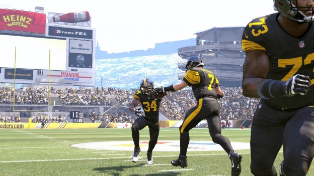 Madden NFL 17 Screenshot #374 for PS4